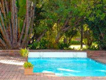 Polokwane Place Guest House Family Room By Pool
